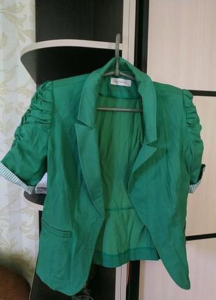 Интеремный пиджак с коротким рукавом