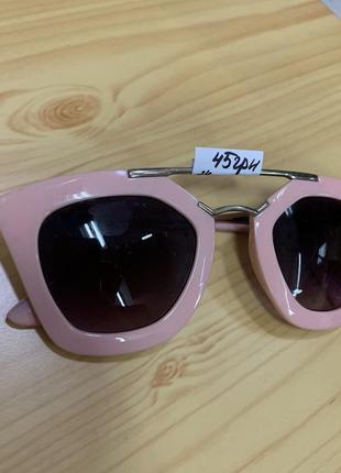 Розовые летние очки