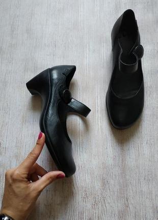 Camper кожаные туфли мэри джейн с ремешками пуговичками