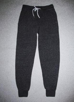 Спортивные штаны uk6