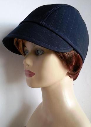 Кепка шапелье женская. полоска темно - синяя.