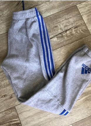 Спортивные штаны adidas 17 года