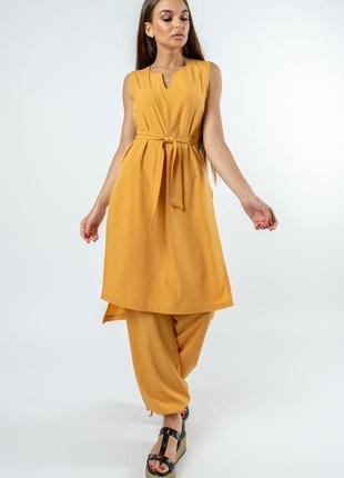 Летний легкий женский горчичный брючный костюм с длинной туникой (ко 2220 rmmr)