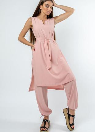 Летний легкий женский пудровый брючный костюм с длинной туникой (ко 2220 rmmr)