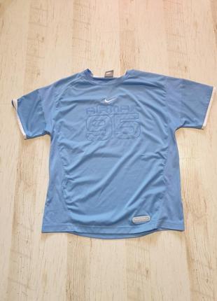 Яркая спортивная футболка для мальчика 12-13 лет nike