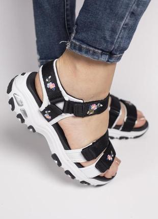 Сандали skechers d'lites sandal black босоножки черные с белым2 фото
