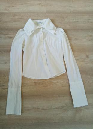 Белая рубагка с двойным воротником