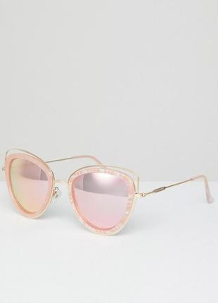 Солнцезащитные очки с зеркальным эффектом