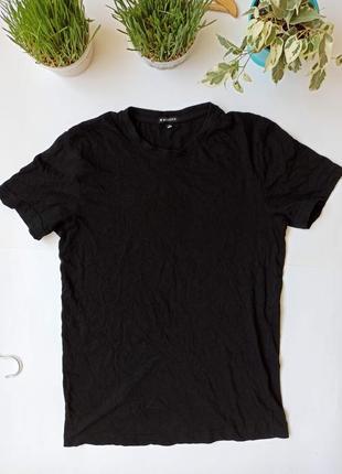 Чорна базова футболка із бавовни. черная женская базовая футболка хлопок