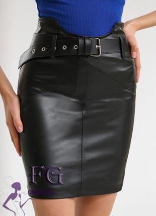 Бомбезная корсетная юбка из эко кожи