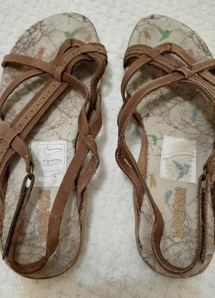 Кожаные ! босоножки,сандалии р. 37-38 (24 см) пр-во бразилия, мягкие, легкие