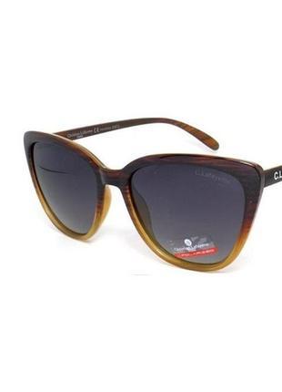 Женские солнцезащитные очки бабочка поляризационные в коричневой оправе