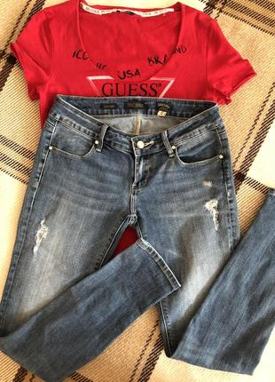 Fracomina beyonce джинсы со стразами и потёртостями