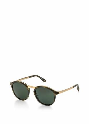 Солнцезащитные очки trussardi, новые, в комплекте кожаный чехол