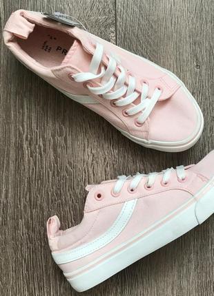 Розовые кеды primark