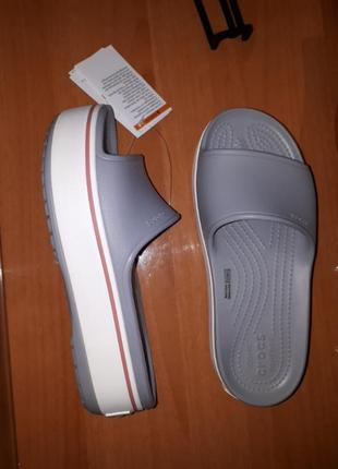 Шлепки на платформе crocs w7-37/38-23cm