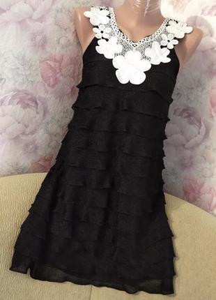 Стильное черное платье. с белым кружевным верхом. 42-44 р.