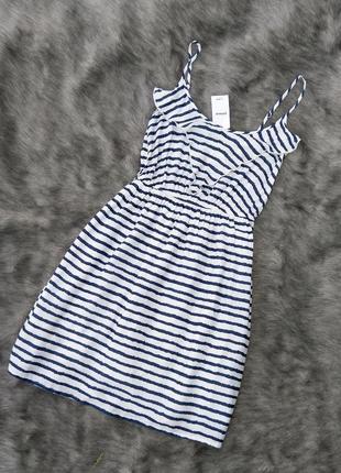 Новое платье на бретелях pimkie