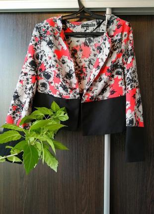 Шикарный лёгкий пиджак цветы от atmosphere