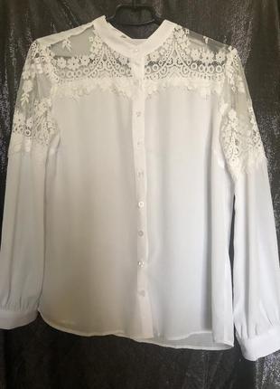 Белая шифоновая блуза с кружевом