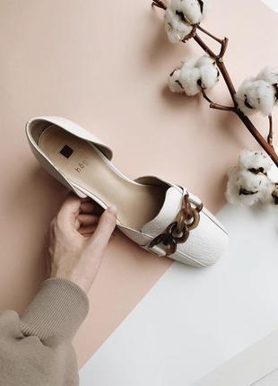 Белые туфли hogl {австрия}. новые
