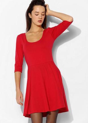 Новое красное платье atmosphere