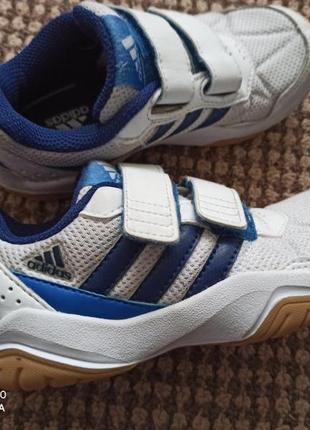 Кросовочки  adidas