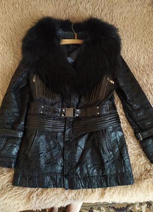 Шикарная кожаная куртка осень зима