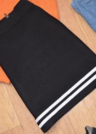Guess бандажная юбка оригинал черная качественная утягивающая с полосками хс