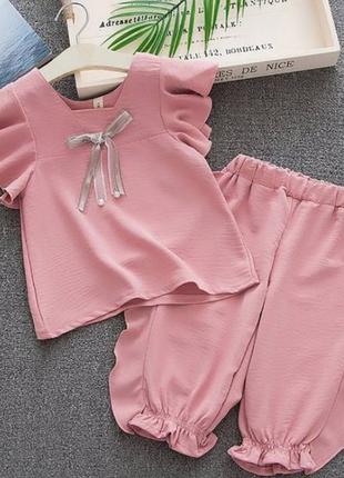 Літній костюм для дівчинки рожеий