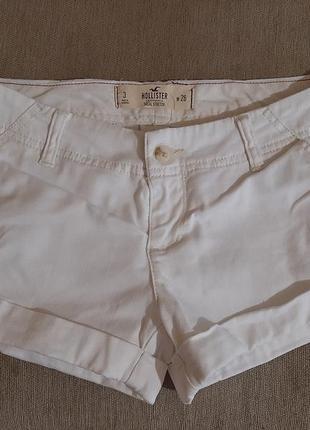 Класные джинсовые шорты