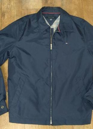 Куртка tommy hilfiger р.м(46-48)