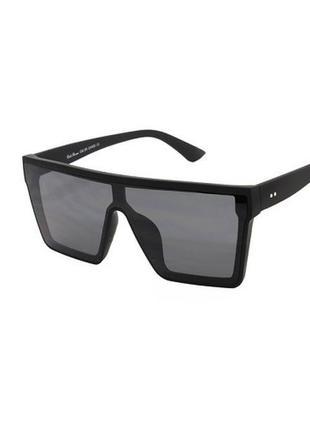 Солнцезащитные очки маска женские / унисекс в черной матовой оправе