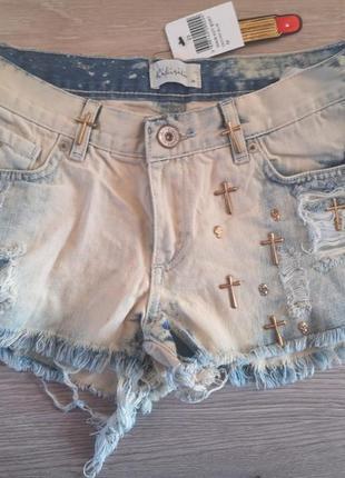 Ультра модные джинсовые шортики