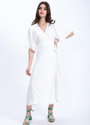 Белое платье на запах liquorish