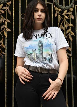 Стильная футболочка london