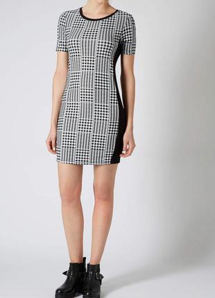 Короткое облегающее платье topshop