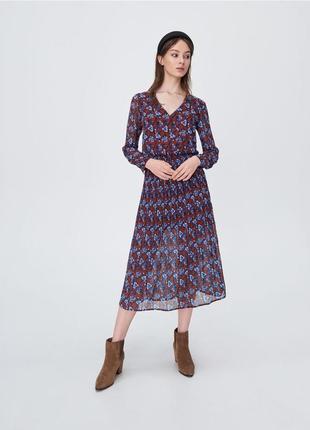 Шифоновое платье с цветочным принтом