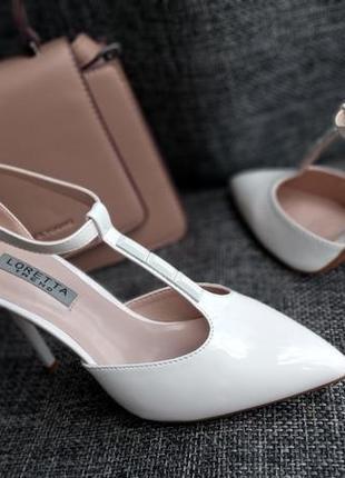Шикарные туфли на шпильке