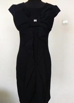Маленькое черное  платье фирми amn