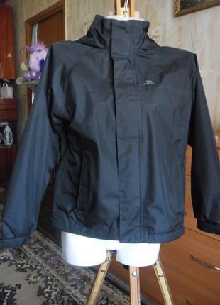 Черная куртка на весну - осень