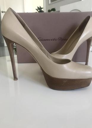 Фирменные туфли 38 размер 24,5 см