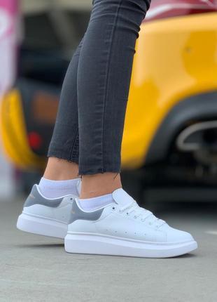 Женские кожаные кроссовки alexander mcqueen white grey 😍