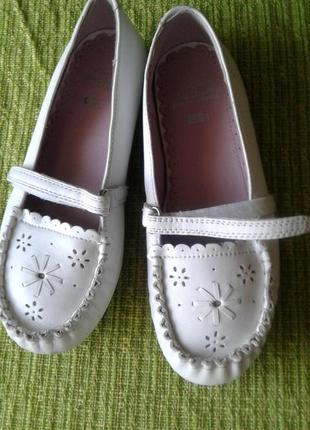 Кожаные туфли 31 размер