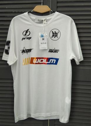 Стильна чоловіча футболка  wolm