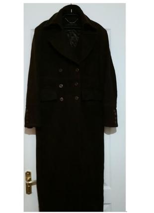 Брендовое пальто из шерсти мериноса и ангоры