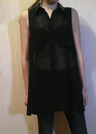Блуза с воротником декорированным пайетками
