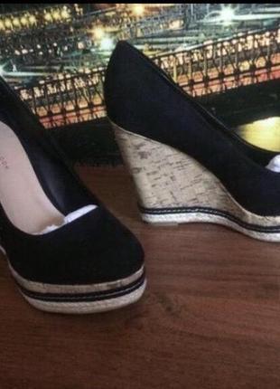 Стильные актуальные туфли на танкетке new look zara h&m танкетка тренд