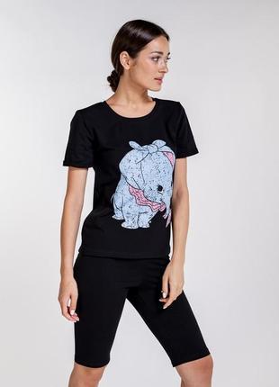 Женский комплект с шортами велосипедками и футболкой с принтом дамбо