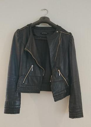 Кожаная женская куртка diesel